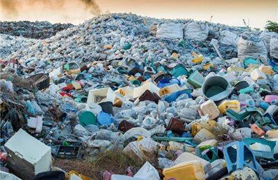 10 Wege zu weniger Abfall. Und wie man Abfall einfach und bequem entsorgt.