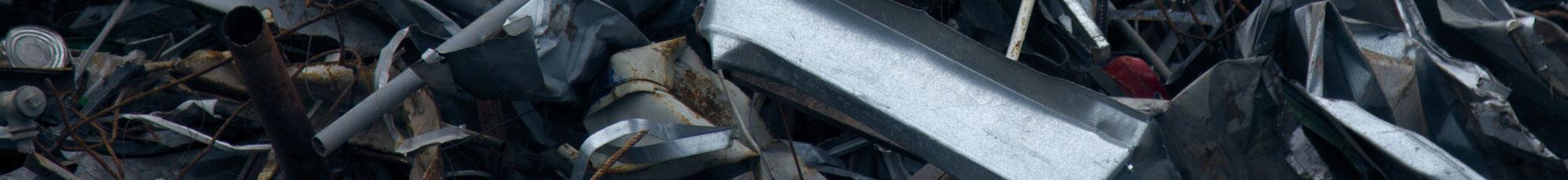 abfall-schrott-metall-container-entsorgen