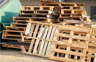Abfallcontainer für Altholz- und Bauschuttentsorgung
