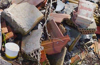 Bauschutt entsorgen im Bauschuttcontainer