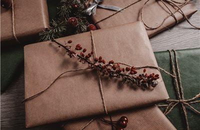 Nach Weihnachten: Wie Sie Geschenkverpackungen richtig entsorgen