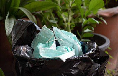Abfallproblem durch Schutzmasken – So entsorgen Sie die Masken richtig
